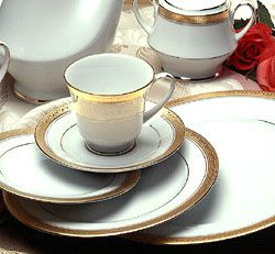 Crestwood Gold formal china, dinnerware by Noritake China