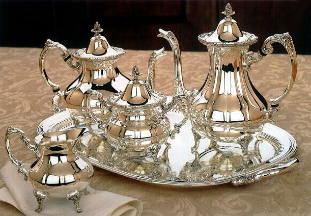Reed And Barton Silverplated Burgundy 5 Pc With Tray Tea Set