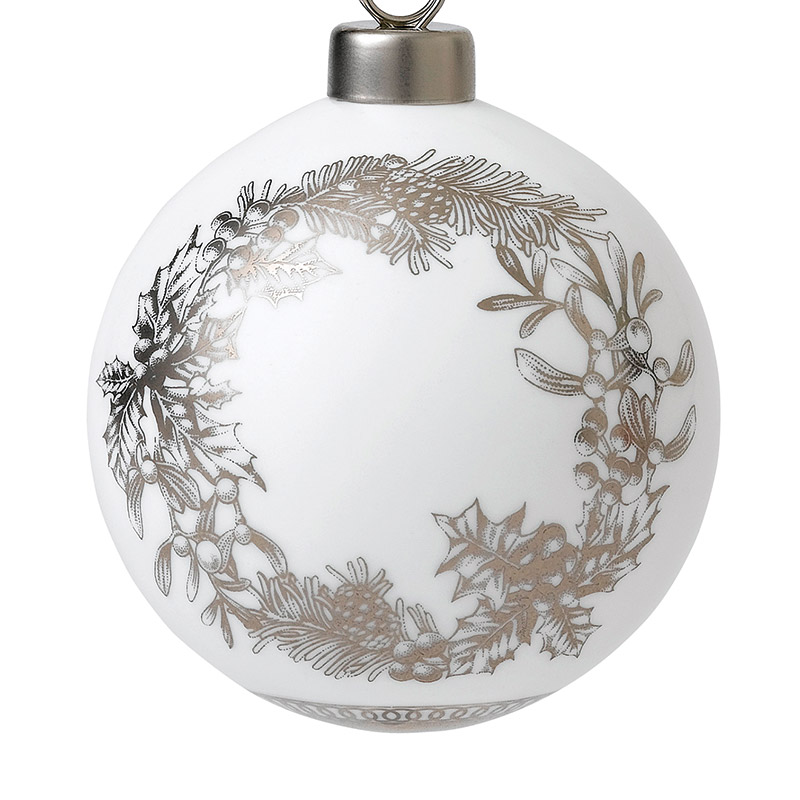 Wreath Ornament 2018 | Wedgwood | Silver Superstore