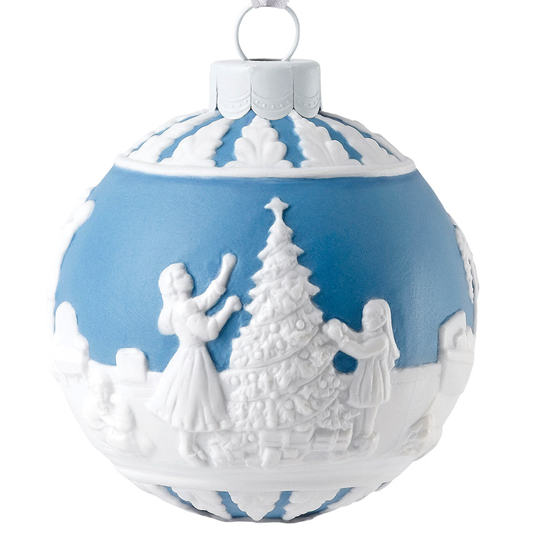 2018 Dressing The Christmas Tree Ball Christmas Ornament | Wedgwood  Christmas Tree Decoration | Snowman Scene - Dressing The Christmas Tree Ball Christmas Ornament 2018 Wedgwood
